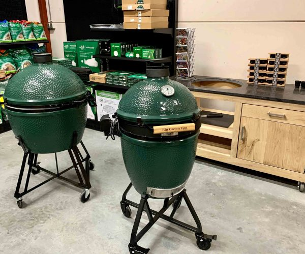 big green egg showroom